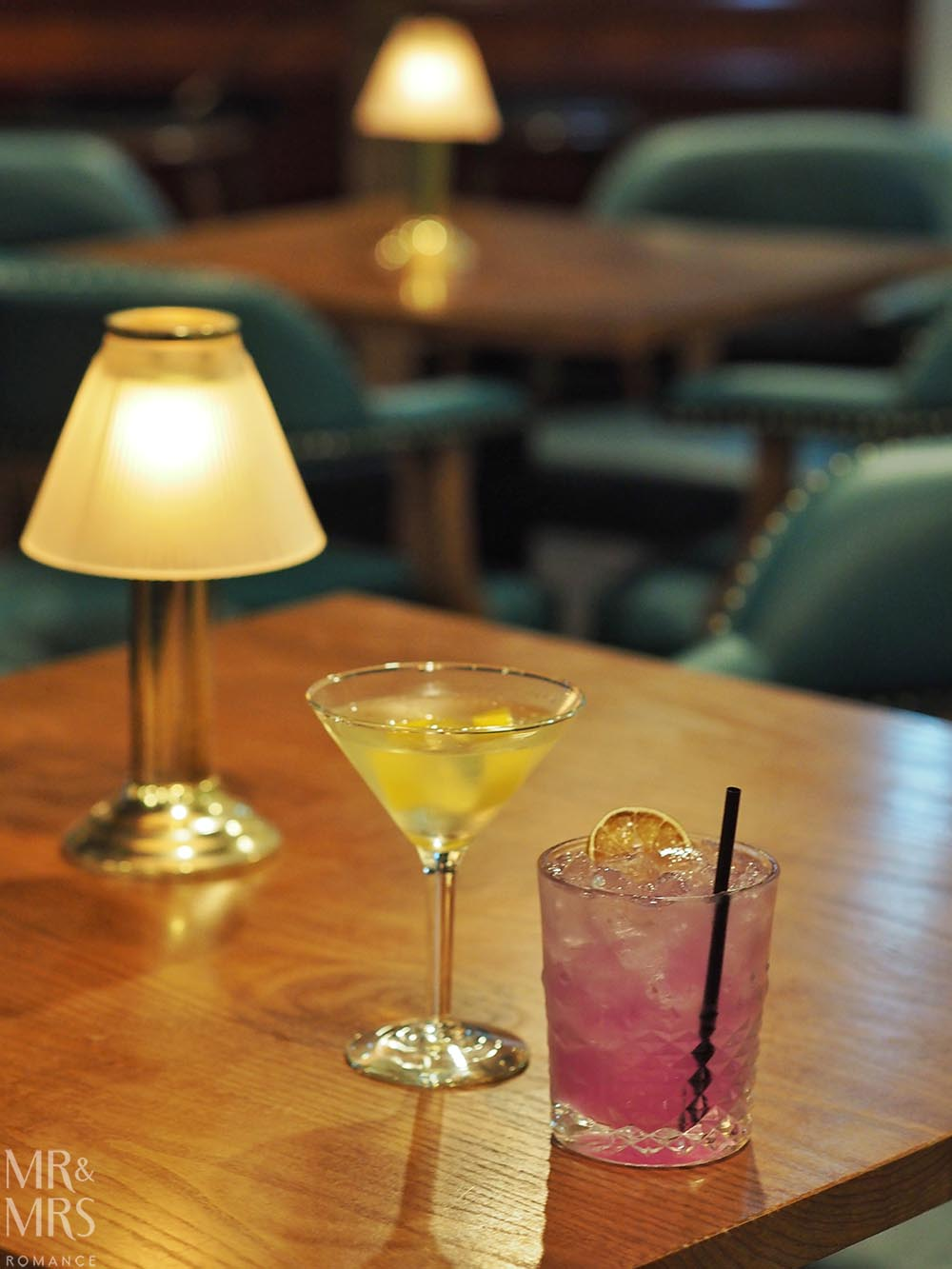 Where to stay in Tamworth NSW - Powerhouse Hotel Tamworth by Rydges - Coal Bunker Bar cocktails