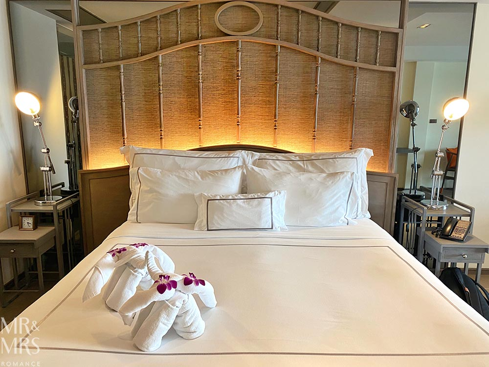 Where to stay in Bangkok Old Town - Riva Surya Hotel review - bed