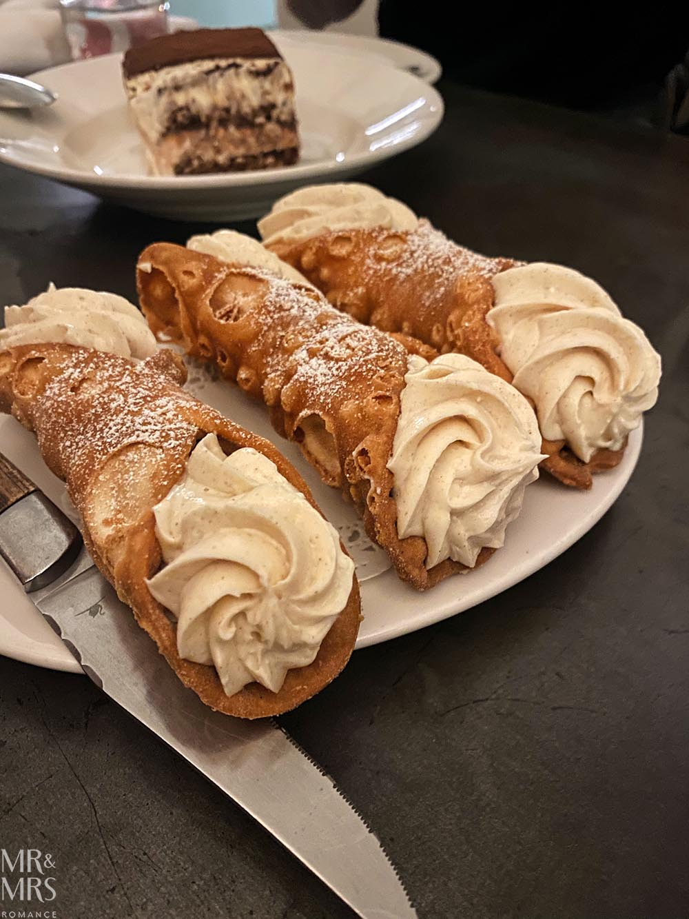 Bella Bruta, Newtown - cannoli