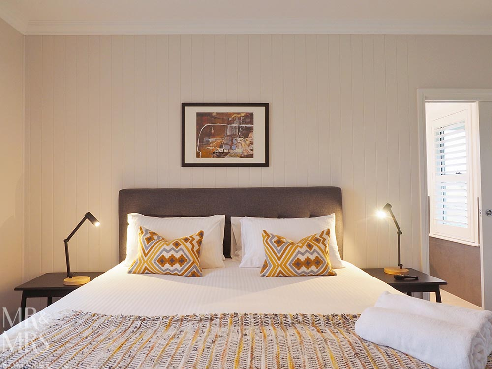 Where to stay in the Hunter Valley - Aldora Cottage in Jindalee Estate, Pokolbin hotel review - bed