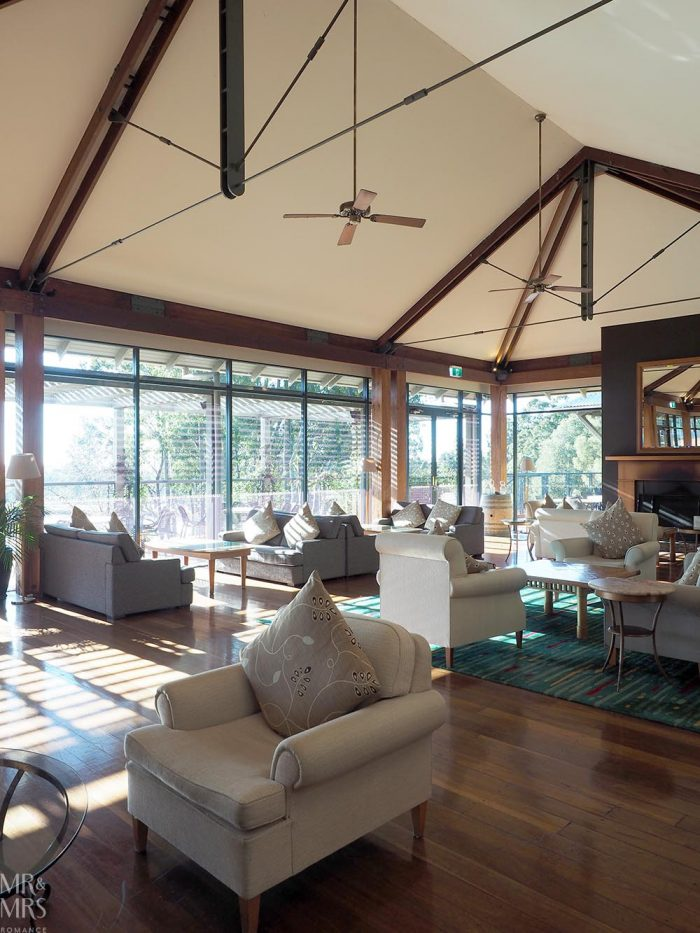 Where to stay in the Hunter Valley - Oaks Cypress Lakes Resort - clubhouse lounge